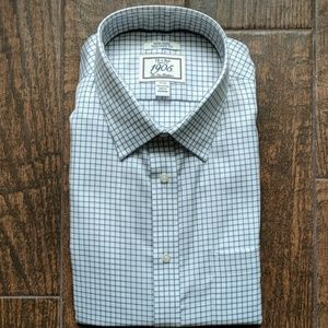 Josh. A Bank. Non-iron. Tailored Fit. NWT